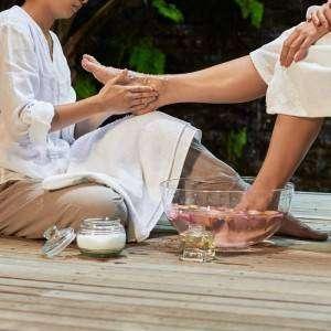 Hamilelik Sıkıntılarınızı Çözen Ayak Masajı