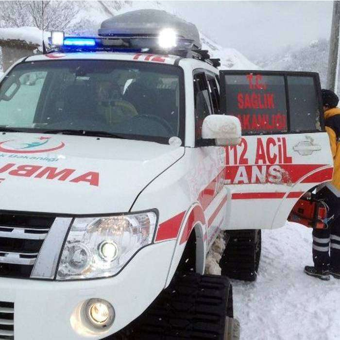 Gebe Kadın Paletli Ambulansla Hastaneye Ulaştırıldı!