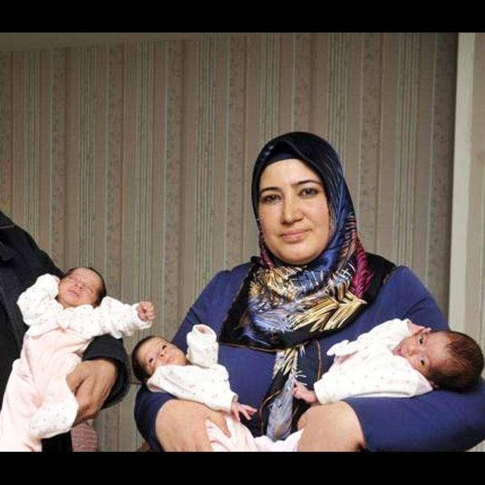 Üçüz Doğum Yapan Böbrek Nakilli Anne Tıp Literatürüne Geçti!