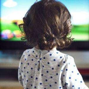 Hangi Yaşta Ne Kadar Televizyon İzlemeli?