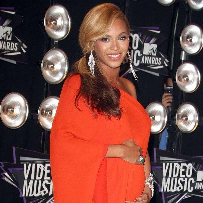 Dünyaca Ünlü Pop Yıldızı Beyonce, İkizlere Hamile