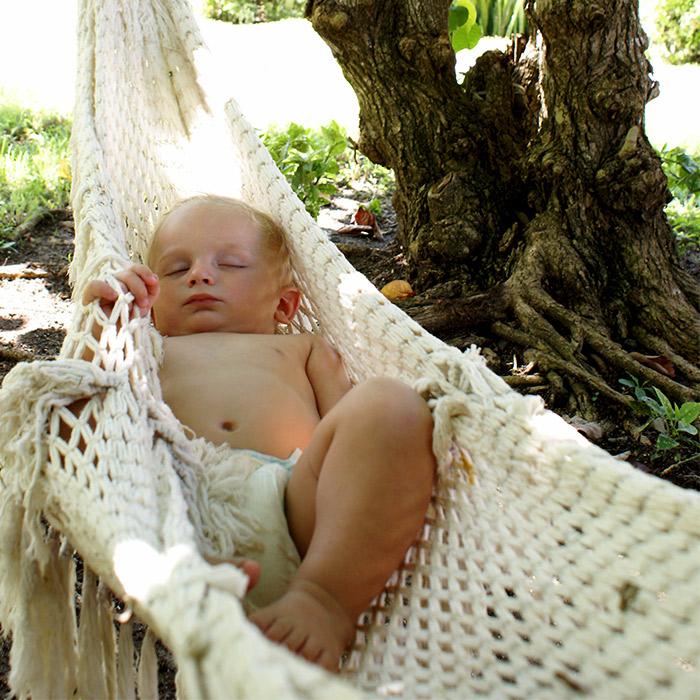 Bebekleri Sallayarak Uyutmak Ne Kadar Doğru?