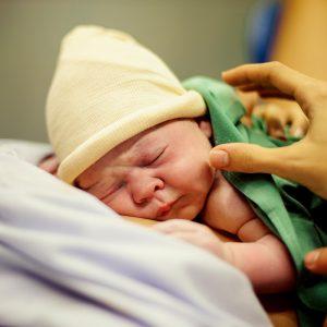 Yenidoğan Bebeklerde Sık Karşılaşılan Durumlar