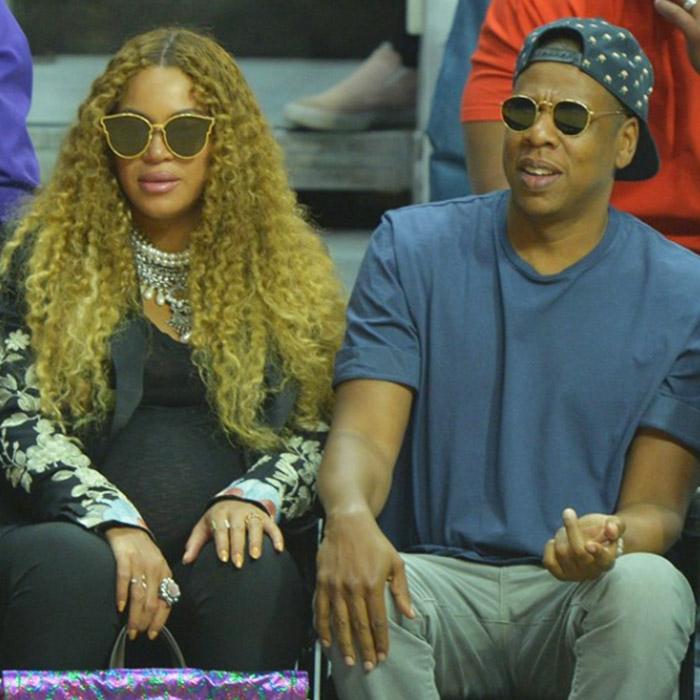 Beyonce İkizlere Hamile Olduğundan Beri Kıyafetleriyle İlgili Konuşuluyor