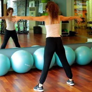 Aslıhan Kıratlı İle Serbest Karın Egzersizleri