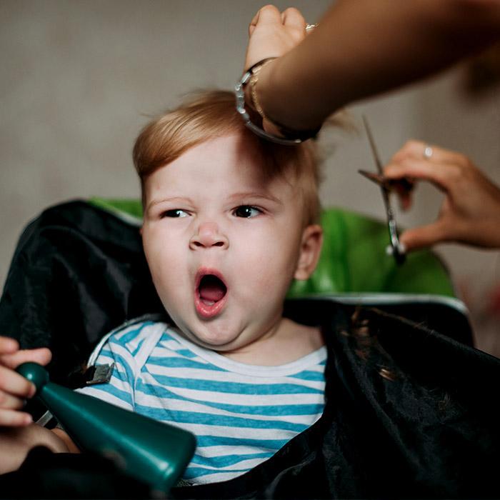 Bebeğin Saçını Keserken Uygulanacak Adımlar