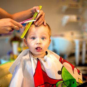 Bebeklerin İlk Saçı Ne Zaman Kesilmeli?