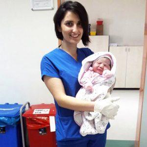 Bursa'da Doğan Kız Çocuğu Tam 4 Kilo 750 Gram Ağırlıkla Dünyaya Geldi!