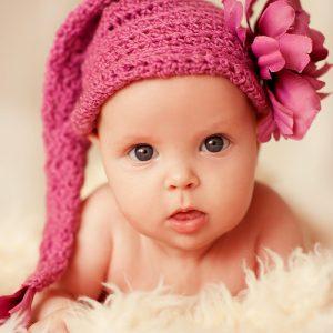Yeni Doğan Kız Bebeğinize Verebileceğiniz 20 Değişik İsim
