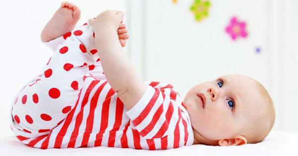 yazın bebeklerin giyeceği giysiler