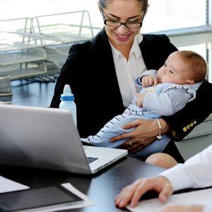 Çalışan Anneler Dikkat! Yarım Gün Çalışma Başvuruları Sona Eriyor